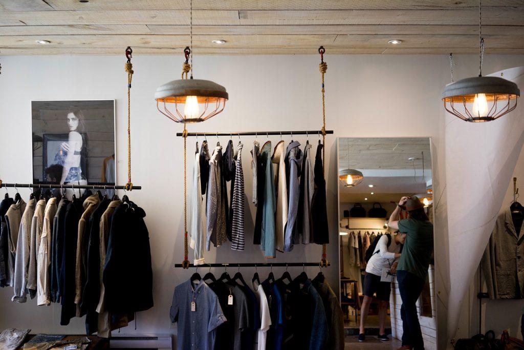 Men Go Shopping 1024x683 - Convincing Men To Go Shopping